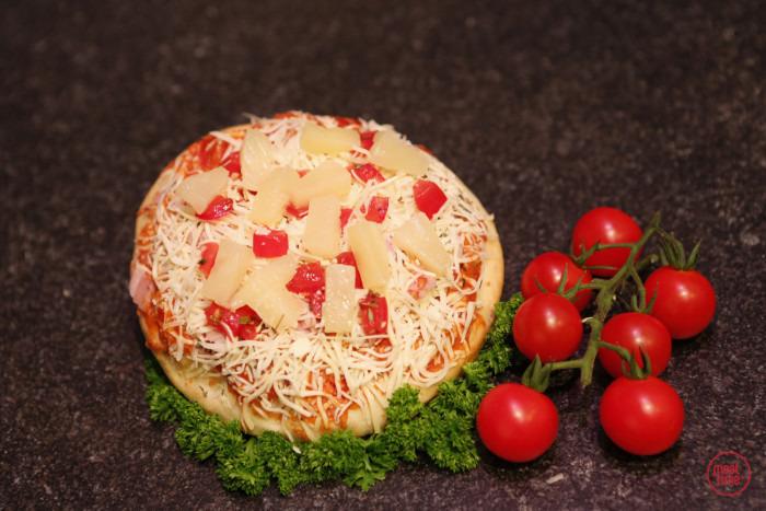 pizza met ananas - Meattime