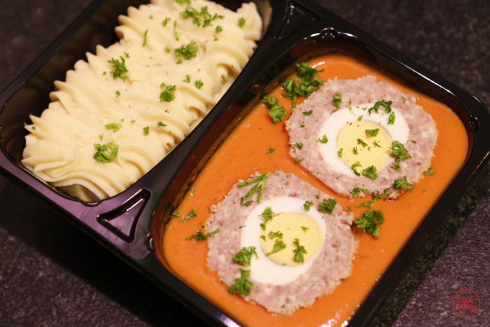 vogelnestje met tomatensaus en puree - Meattime
