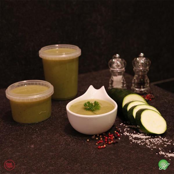 Courgettesoep met vleugje curry en wortelblokjes - Meattime