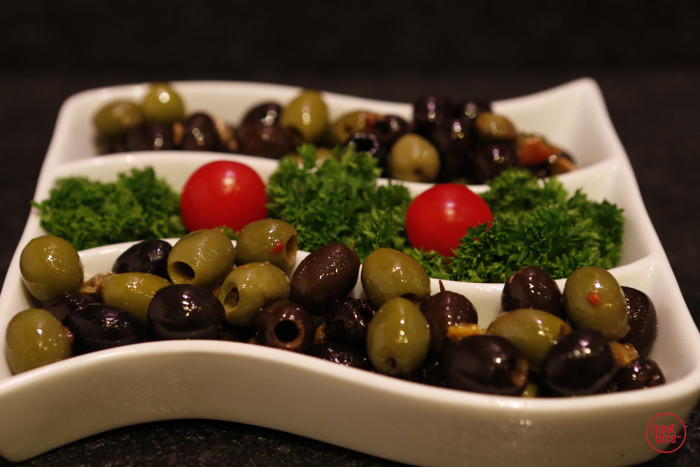Gemengde olijven met paprika - Meattime